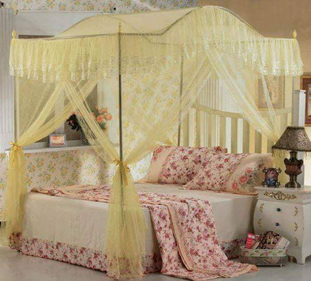Curved Canopy Net (Cream)